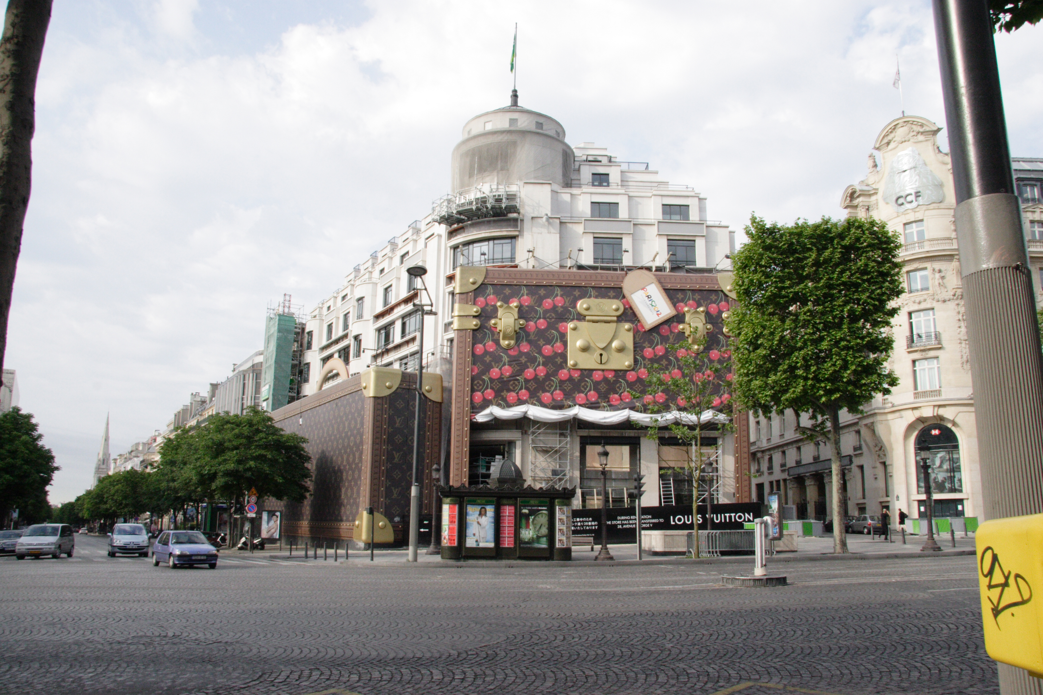 Louis Vuitton Paris
